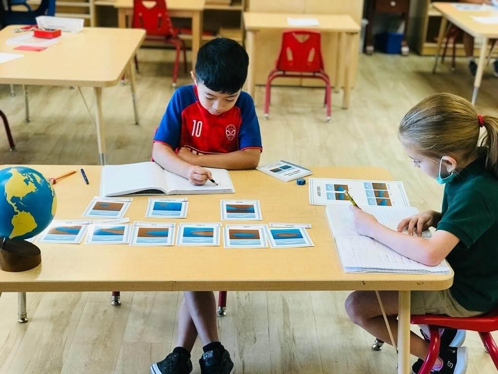 Montessori vs Traditional Elementary School - Alpha Montessori School