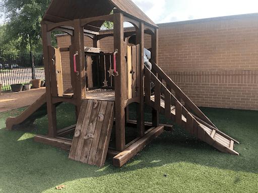 Wooden-Play-Castle-in-alpha-montessori-school-in-plano
